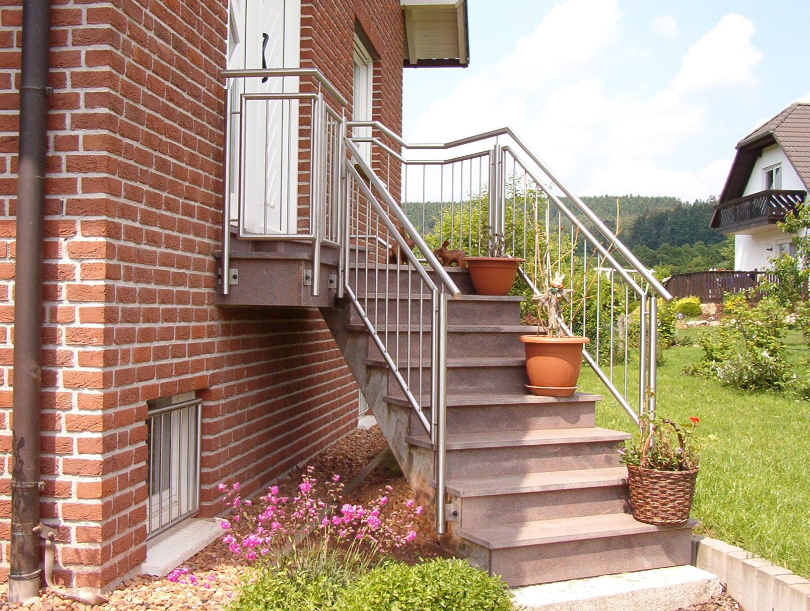 Treppengeländer »TG8« von Metallbau Becker & Vogt